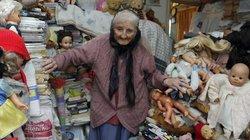 Cụ bà sưu tập búp bê và đồ chơi cũ suốt 61 năm