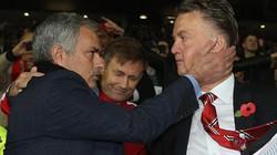 Mourinho bị sa thải, Van Gaal lo chung số phận