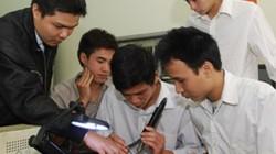 Nền hiếu học lạc hậu: Xã hội cần có cả thầy lẫn thợ
