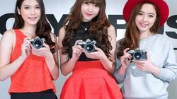 Ngắm mẫu nữ xinh đẹp bên máy ảnh Olympus