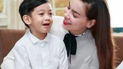 Facebook sao 29/12: Hà Hồ bình yên bên 'anh ấy'