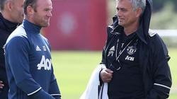 """Rooney lên tiếng về việc bị Mourinho """"trảm"""""""