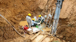 Hà Nội: Đường ống nước sông Đà gặp sự cố lần thứ 20