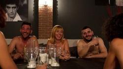 Du khách phải khoả thân mới được ăn uống ở nhà hàng Ý