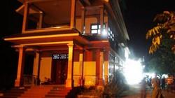 Phát hiện 2 mẹ con tử vong nghi bị giết, cướp trong căn biệt thự