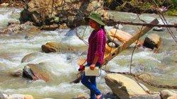 Người vùng cao Sơn La mong bình yên qua sông suối