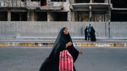 Cuộc sống trong thành phố bị đánh bom mỗi ngày