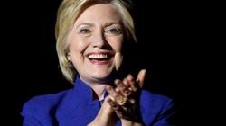 """Tờ báo """"hố nặng"""" vì đưa tin nhầm Clinton chiến thắng"""