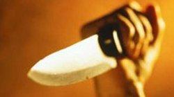 Thấy cha và anh trai bị đánh, 9X vung dao đâm chết người