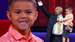 """Sửng sốt vì cậu bé 5 tuổi tính nhẩm """"như thần"""""""