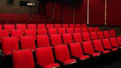 Ngắm rạp chiếu phim tồn tại 14 năm ở Hà Nội trước ngày... khai tử