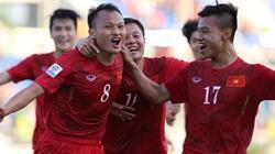 """Clip ĐT Việt Nam """"hạ gục"""" Malaysia, đặt chân vào bán kết"""
