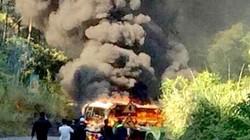 Hải Phòng: Ôtô và xe máy cháy dữ dội sau va chạm, 1 người chết