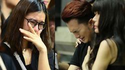 Sao Việt oà khóc nức nở tại lễ viếng NSƯT Quang Lý