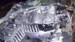 2 thanh niên chết tại chỗ sau cú tông trực diện ôtô, nhà dân sập cửa