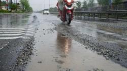 Quảng Nam: Mặt đường QL 1A xuống cấp trầm trọng, giăng bẫy người đi đường