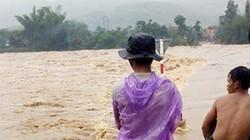 Quảng Ngãi: 2 hồ chứa khủng tăng lượng xả, thêm người chết vì mưa lũ