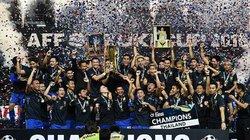 """Tin tức AFF Cup (18.12): Sao Indonesia suýt """"ăn đòn"""", Thái Lan phá 2 """"dớp"""""""