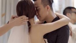 Trấn Thành ôm hôn bạn gái không rời khi thử đồ cưới