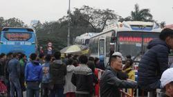 Nhiều xe khách tại bến Mỹ Đình bỏ chuyến phản đối phân tuyến