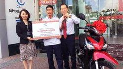 """C.T Group tặng xe Honda Future cho """"bác xe ôm chở… làn gió mát"""""""