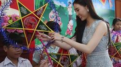 Hoa hậu Văn hóa Ngọc Trâm vui Trung thu sớm cùng trẻ em nghèo