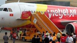 Máy bay đi Hàn Quốc phải hạ cánh khẩn cấp, cứu nữ hành khách khó thở
