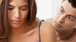 """Vì sao phụ nữ rơi vào tình trạng """"trên bảo dưới không nghe""""?"""