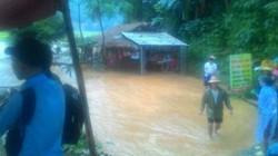 Đà Bắc: Gia đình 11 người thoát chết trong gang tấc khi nước lũ qua