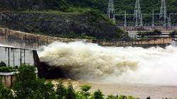 Tin mới: Thủy điện Hòa Bình đóng dần các cửa xả đáy