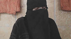 5 năm địa ngục của thiếu nữ Mỹ bị bố dâng cho IS