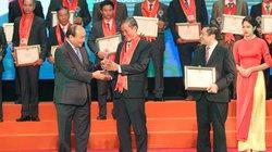 Toàn cảnh Thủ tướng trao Danh hiệu cho 87 Nông dân VN xuất sắc