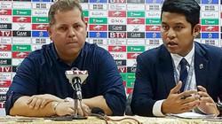 Từ chức, HLV Brazil vạch trần bộ mặt của bóng đá Campuchia