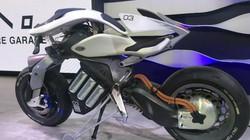 Ngắm ảnh thực tế môtô trí tuệ nhân tạo của Yamaha