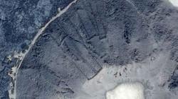"""Phát hiện nhiều """"cánh cổng"""" bí ẩn trên sa mạc nhờ... Google Earth"""
