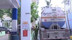 Bắt 2 đối tượng trong đường dây làm 2 triệu lít xăng A92 giả ở Nghệ An