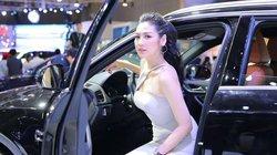 """Sau nghi vấn cạnh khóe Huyền My, """"bạn gái Noo Phước Thịnh"""" xinh đẹp với váy xẻ cao ngút"""