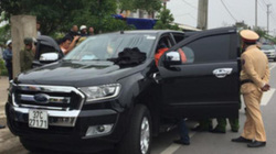 Cảnh sát bất ngờ tấn công, bắt gọn nhóm buôn ma túy có súng