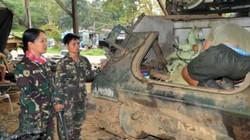 Ông Duterte thưởng các nữ binh sĩ chống IS chuyến du lịch Hong Kong