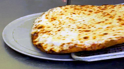 Độc đáo bánh Pizza không làm từ bột, bạn có muốn thử?