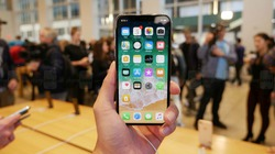 Trên tay iPhone X: smartphone Marvel giá 1000 USD