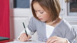 Bài tập toán của bé 8 tuổi khiến phụ huynh cả thế giới đau đầu