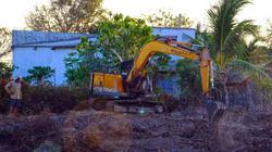 Giá đào ao nuôi tôm lên tới 150 triệu/ha, dân tranh nhau thuê máy
