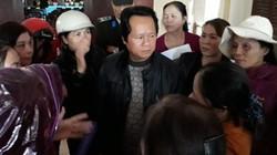 Quảng Trị: Gần 200 tiểu thương tập trung phản đối đấu giá chợ huyện