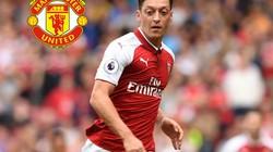 NÓNG: Arsenal ra giá bán Ozil cho M.U