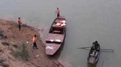 Hà Tĩnh: Nghi vấn thầy giáo để lại xe và dép bên cầu rồi tự vẫn