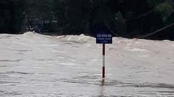 Quảng Ngãi: Hồ chứa đồng loạt xả lũ, cắt giao thông lên Sơn Tây