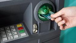 NHNN nói gì về thẻ ATM chỉ được rút 5 triệu đồng/ngày?