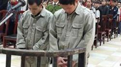 """Ép sinh viên nộp tiền """"bảo kê"""", hai kẻ thất nghiệp bị ngồi tù"""