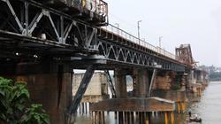 Chính thức xác định vật thể lạ gần chân cầu Long Biên